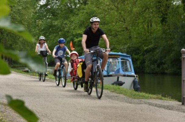 The Canal du Midi by bike - From Toulouse to Agde, Sète or Montpellier